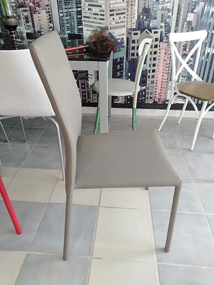 chaise-capitonnée-tunisie