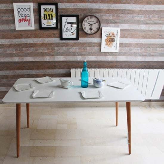 table-a-manger-scandinave-tunisie-moderne