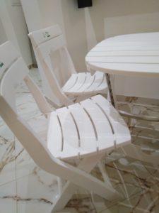 table-chaise-pliante-plastique-tunisie-plage-jardin