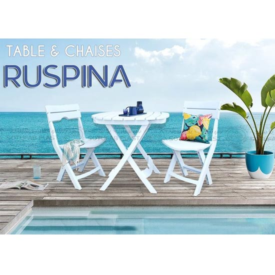 table-chaises-pliante-pastique-tunisie-plage-jardin-exterieur