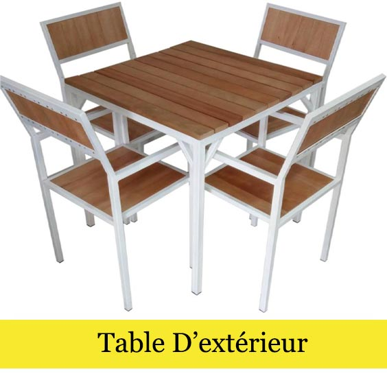 TABLE D'EXTERIEUR